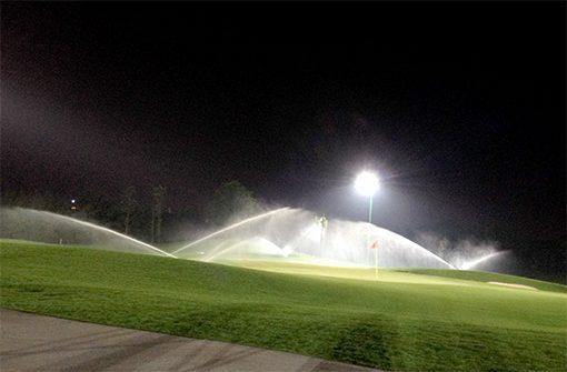Tưới sân golf