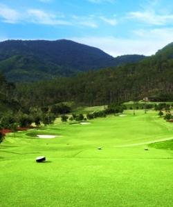 Tuyen Lam Golf 4